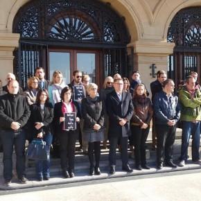Concentración en Getxo tras los atentados perpetrados en París con Santiago Sainz Robles en representación de Ciudadanos Euskadi.