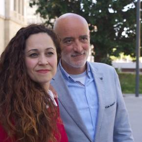 C's Euskadi comienza campaña con la tradicional pegada de carteles en cada municipio