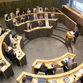 Cs San Sebastian considera un esperpento la actitud del PNV y EH-Bildu ante la situación en Cataluña en las Juntas Generales de Gipuzkoa.