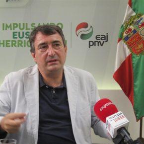 """Ciudadanos (Cs) Euskadi tacha de """"inhábil"""" a Aitor Esteban para hablar de respeto, símbolos y convivencia."""